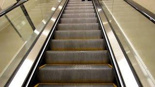 Mumbai Metro Escalator @ Andheri Station Mumbai India 2015