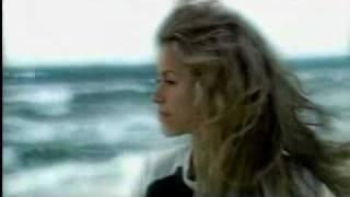 Скачать Shakira La Pared