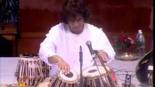 Ustad Zakir Hussain - Tintal Tabla Solo - Kolkotta thumbnail