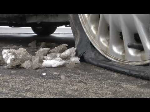 Giant pothole swallows up a dozen cars