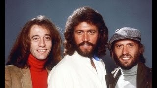 Bee Gee singer Robin Gibb dies at age 62