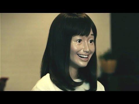 女孩遇到什么事都微笑面对,结果脸变成面具,怎么都脱不下来!