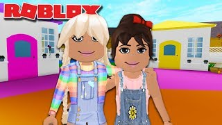 OLIVE MEETS HER NEW BEST FRIEND AT DAYCARE | Roblox Roleplay | Bloxburg Family