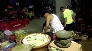 醃瓜#切片#撒鹽巴#壓石頭#擠出水份#竹北客家美食#新竹本地農產品@20170603