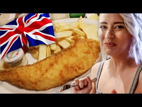 Eating Fish And Chips IN LONDON!!! (Lunchy Break)