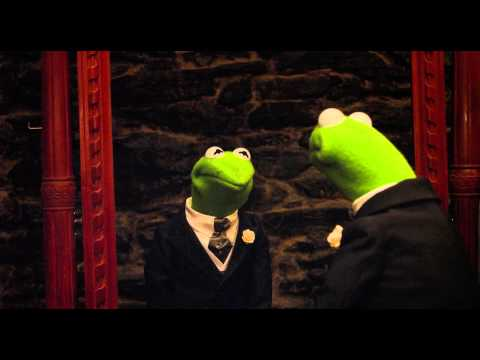 Mirror | Movie Clip | Fozzie Bear & Kermit the Frog | Muppets Most Wanted | The Muppets