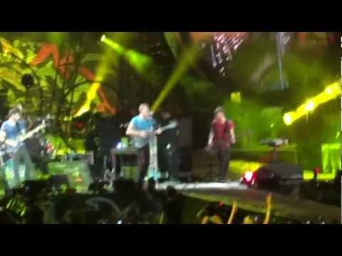 Coldplay - Stade de France - Yellow