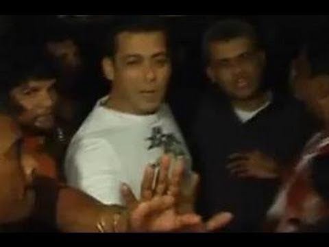 Salman Khan & Anees Bazmee had a fallout on the sets of Ready