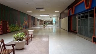 DEAD MALL SERIES : Middletown Mall w/ Tour of Abandoned Save-A-Lot