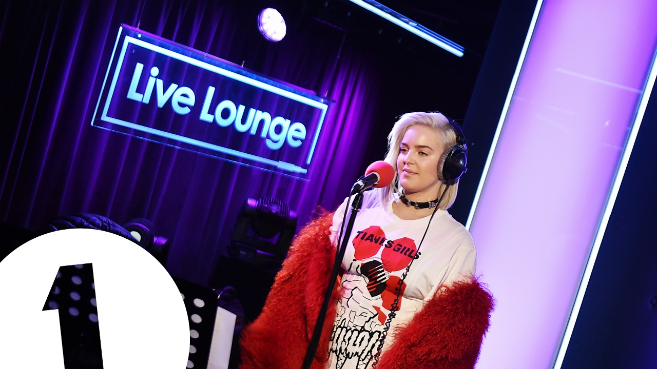 Anne marie ciao adios in the live lounge youtube for Ciao youtube