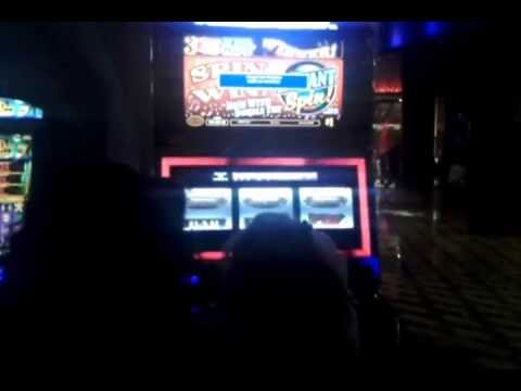 Woman wins 55,000 at the Hard rock casino in front of me