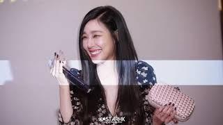 When SNSD (Tiffany) Appears - HK Bottega Veneta 30112017 (Compilation) - Stafaband