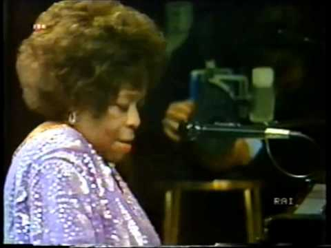 Sarah Vaughan in Italy (Tea for two)