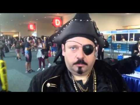 Impressive Pirate Cosplay At Comic-Con #SDCC - Zennie62