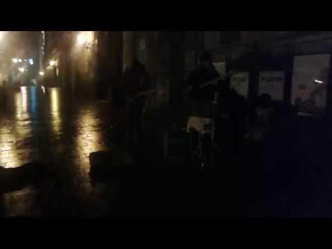 Уличные музыканты...