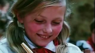 Крылатые качели песня из кинофильма Приключения Электроника