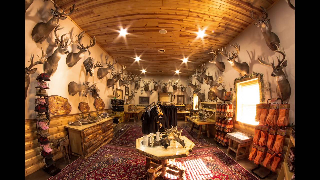 Taxidermy Room With Over 20 000 Inches Of Whitetail Antler