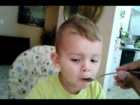 Toddler - Sensorimotor/Autonomy vs Shame - YouTube