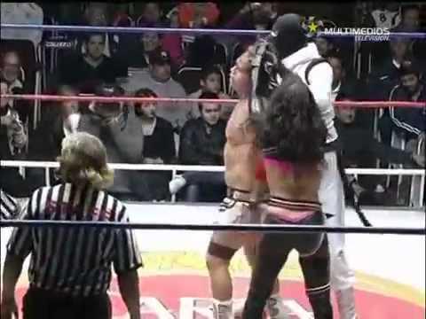 Llavesy Candados - El debut de Niurka como luchadora.mp4