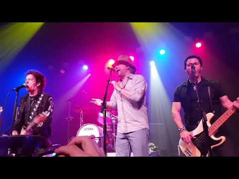 Willie Nile ALL DRESSED UP & NO PLACE TO GO 6-9-2018
