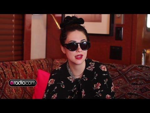 Dum Dum Girls on Covers, Ronnie Spector & Karaoke Go-Tos