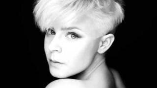 Robyn ~ Hang With Me Acoustic (with lyrics)