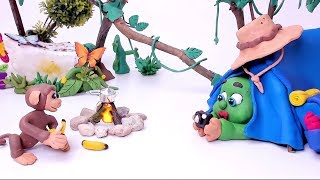 SUPERHERO BABY CAMPING DAY - Clay & Play Stop Motion Cartoons