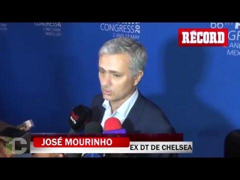 'Chicharito sólo sabe meter goles': José Mourinho