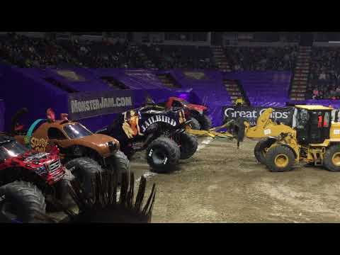 Monster Jam Albany, NY 2018 Saturday Afternoon: National Anthem, Intros, & Racing