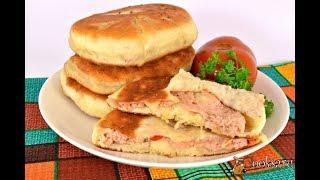 Дрожжевые лепешки с мясом на сковороде