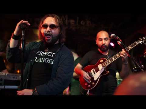 Perfect Stranger performs Home by Dream Theater