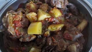 Меню на ужин: мясо на косточке с овощами, барбунья, рис.