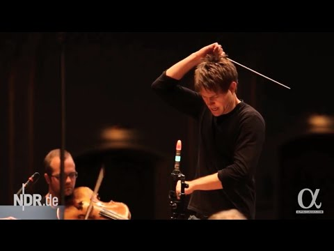 LUTOSŁAWSKI // KRZYSZTOF URBANSKI AND THE NDR SYMPHONY ORCHESTRA - Official Album Trailer