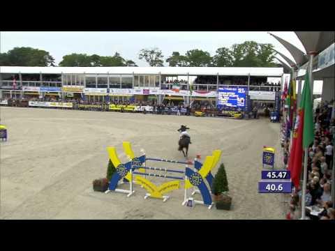 Gudrun Patteet - Sea Coast Atlantic World Champion 7-year old horses Zangersheide horselive.com