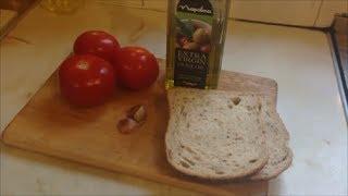 Рецепт Завтрак Перекус Жареный хлеб с помидорами и чесноком