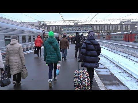 Павелецкий вокзал в Москве (15.02.2018)! Я иду по перрону ...