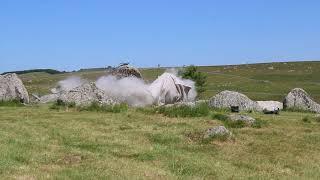 Explosion rocher sur l'Aubrac