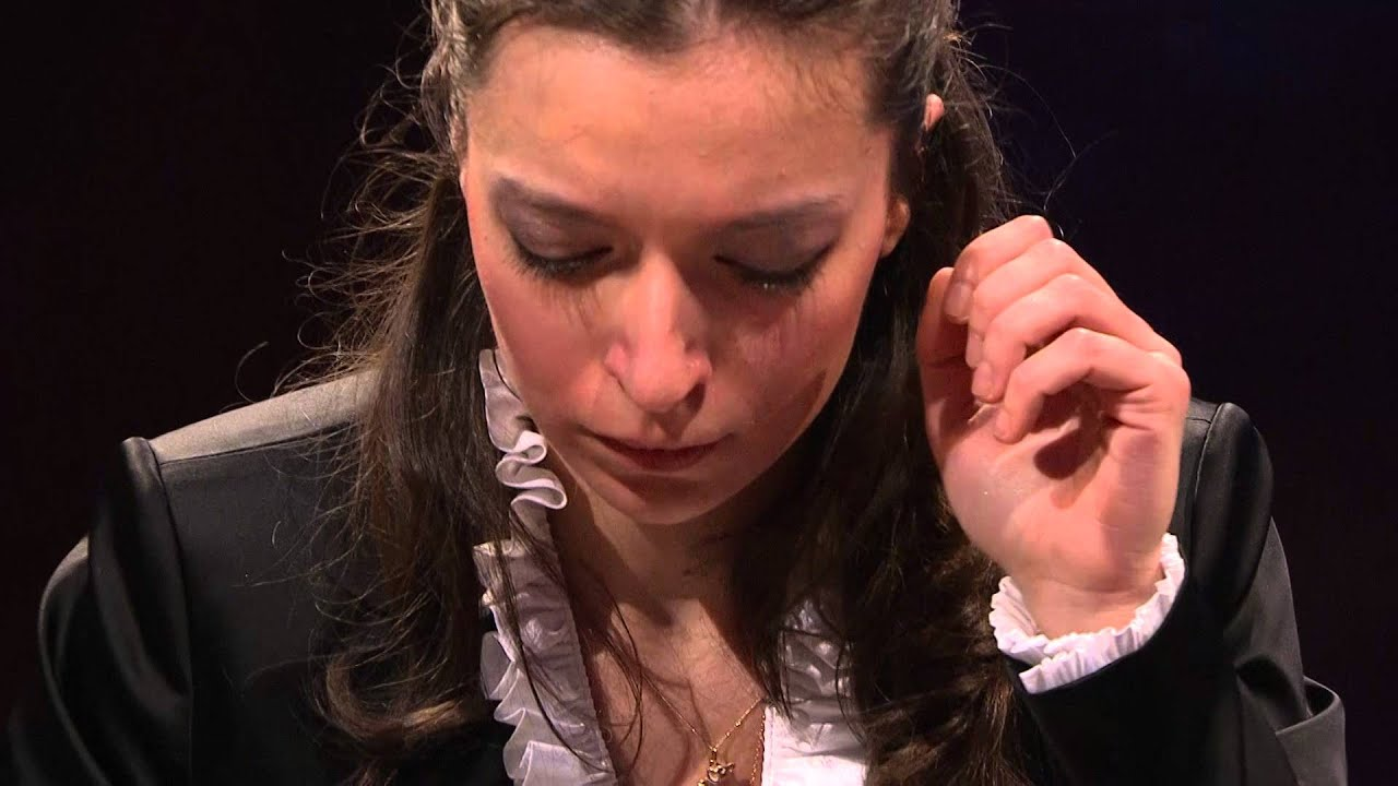 Yulianna Avdeeva – Nocturne in B major, Op. 62 No. 1 (first stage, 2010)