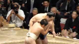 魁皇、最後の締め込み姿はこども相撲(魁皇断髪式、2012年5月27日) thumbnail