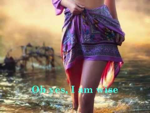 I Am Woman - Helen Reddy (with lyrics)