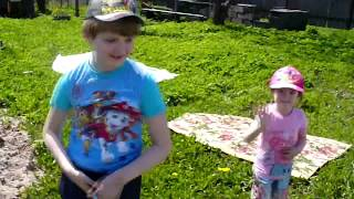 Vlog Nikitos i Milana at the cottage Video kids