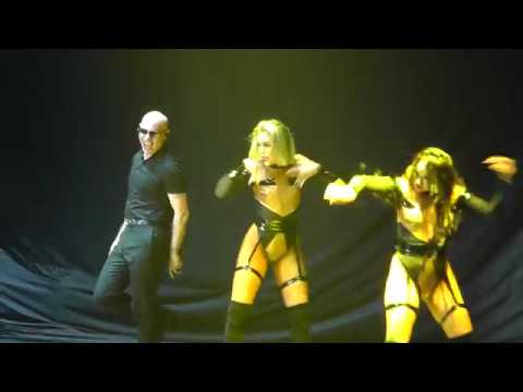 Pitbull - I Know U Want Me (Live At Sportpaleis In Antwerpen 15-08-2018)