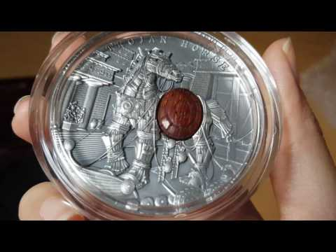 "2 oz Trojan Horse silver coin ""Ancient Myths"""