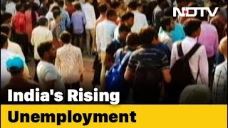 Nearly 1 In Every 4 Graduates Looking For A Job: Report
