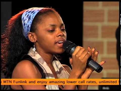 Chidinma Ekile rehearsing with Cobhams Asuquo