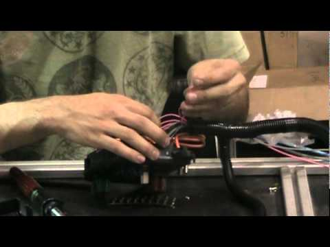 ECM Fuse Box - Wiring and Plugs - YouTube