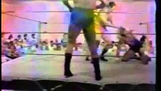 CWA MEMPHIS  Ed Boulder(BEEFCAKE) & Monty vs Bass/Austin Full WRESTLING 1979