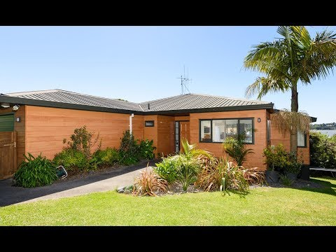 81 James Cook Drive, Welcome Bay