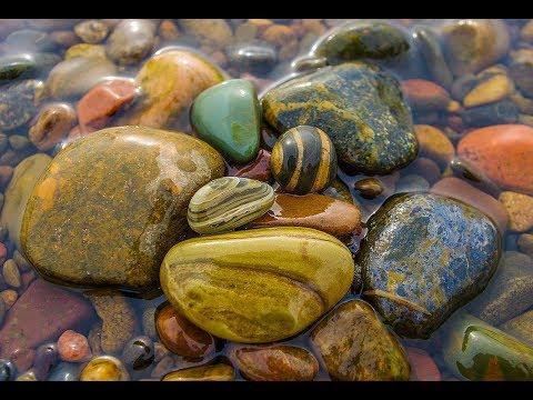 3 коллекции камней- магматические, метаморфические и осадочные горные породы