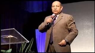 Pastor Alejandro Bullón - Domingo